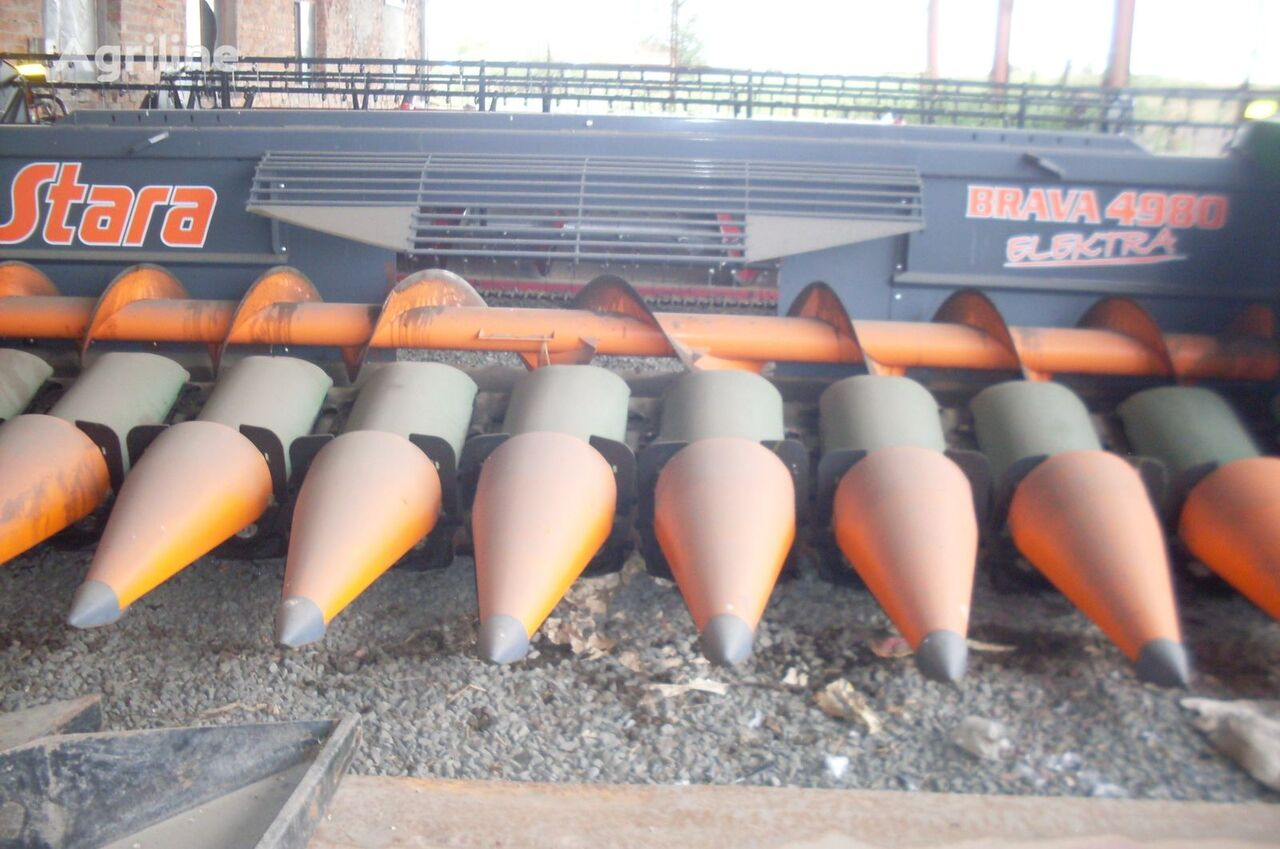 STARA BRAVA elektra maize header